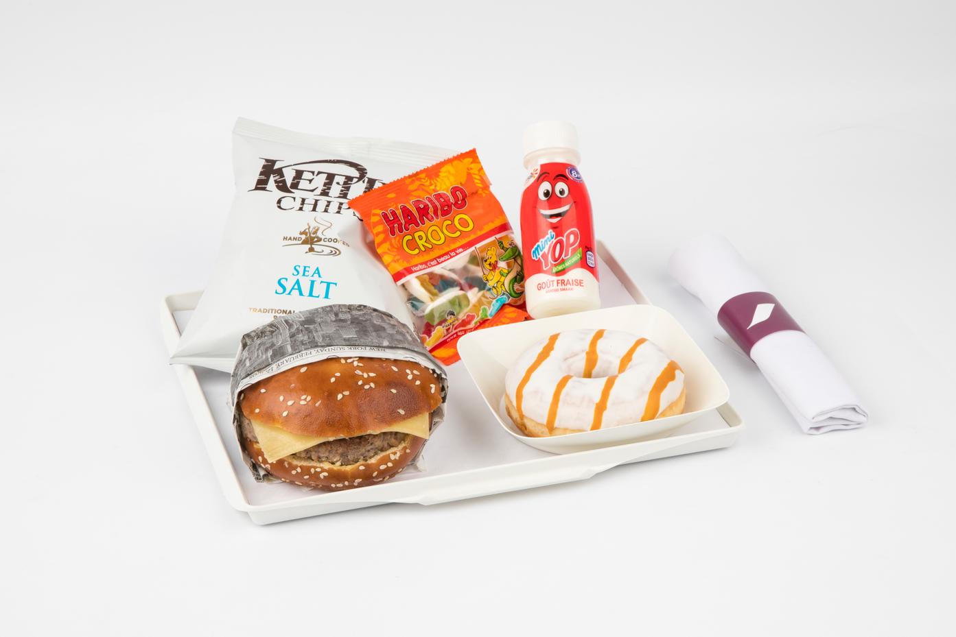 """Nowe """"młodzieżowe"""" menu  w Air France"""
