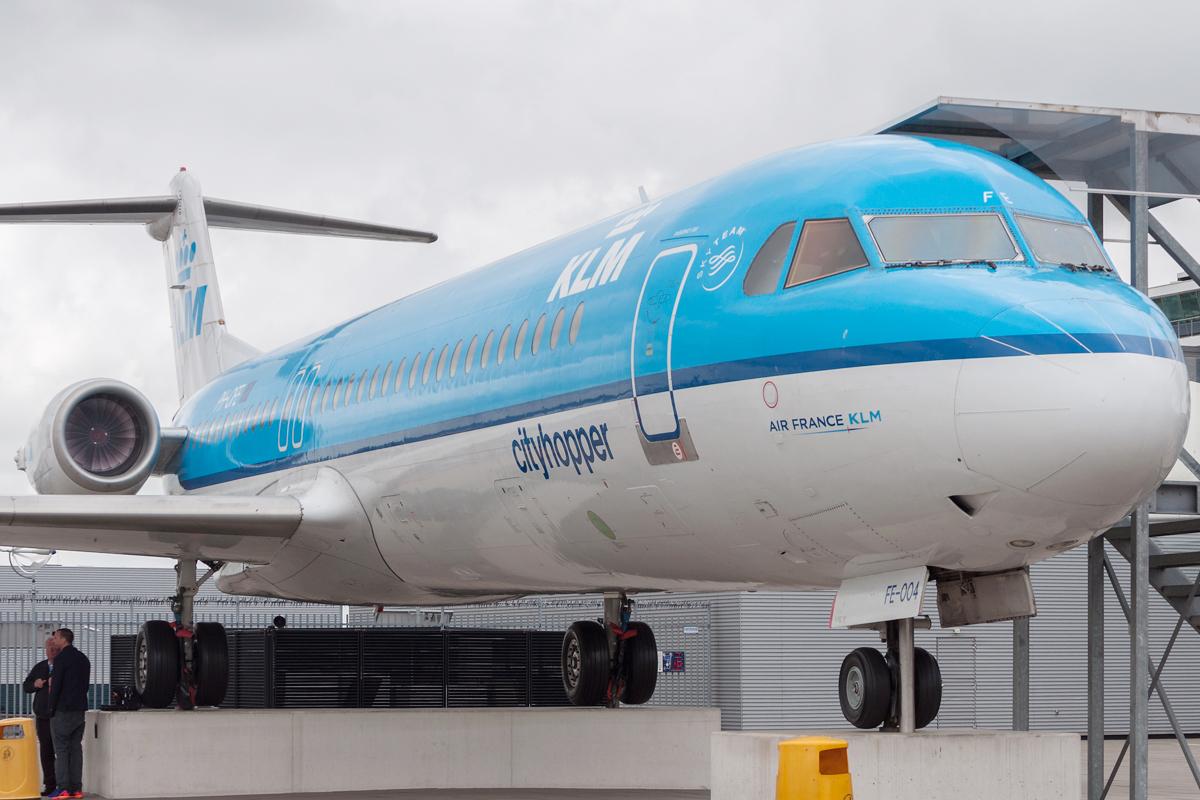 Śladami pomników lotniczych, część 37 – Fokker 100 (Schiphol, Holandia)