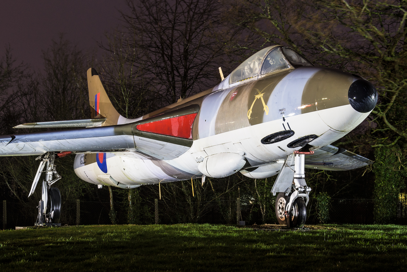 Museums, vol. 51 – United Kingdom – RAF Cosford (External Display Nightshoot)