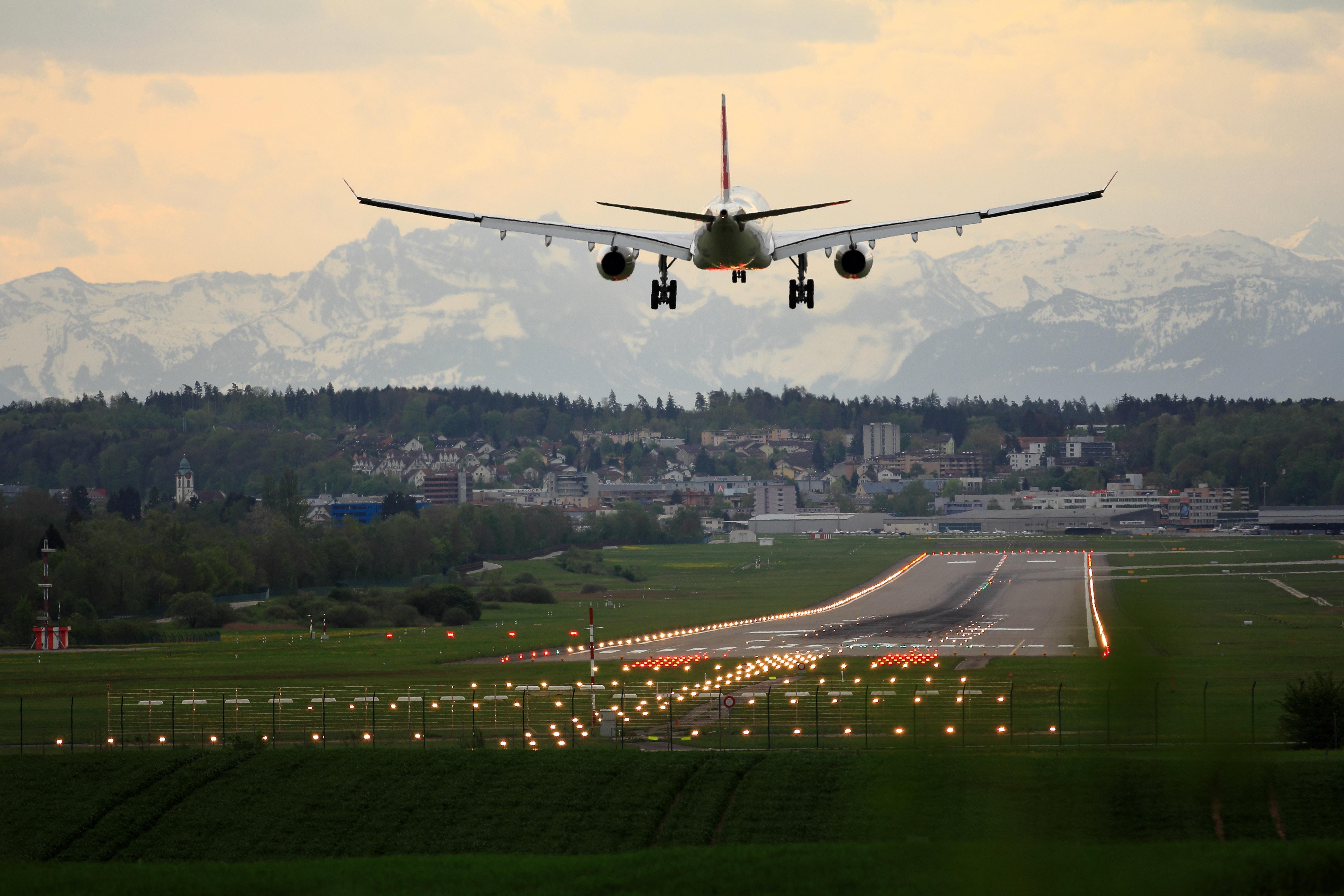 Najdziwniejsze przyczyny opóźnienia  lub odwołania lotu