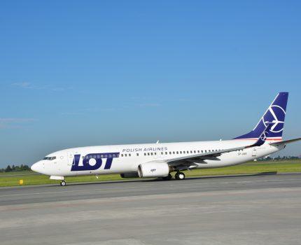 LOT rozszerza ofertę kierunków wakacyjnych. Nowe połączenia do Włoch i na Kretę