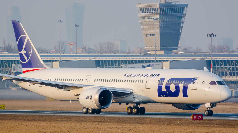 LOT po raz trzeci najlepszą linią lotniczą w Europie wschodniej według rankingu GLOBAL TRAVELER USA