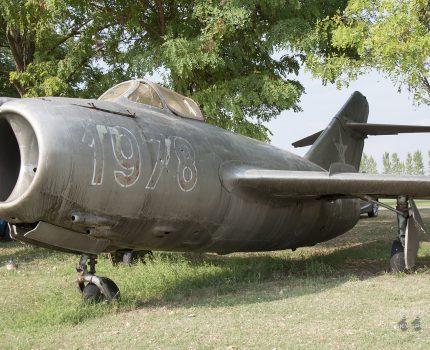 Śladami pomników lotniczych, część 48 – Mikoyan-Gurevich MiG-15bis Fagot (Jakabszallas, Węgry)