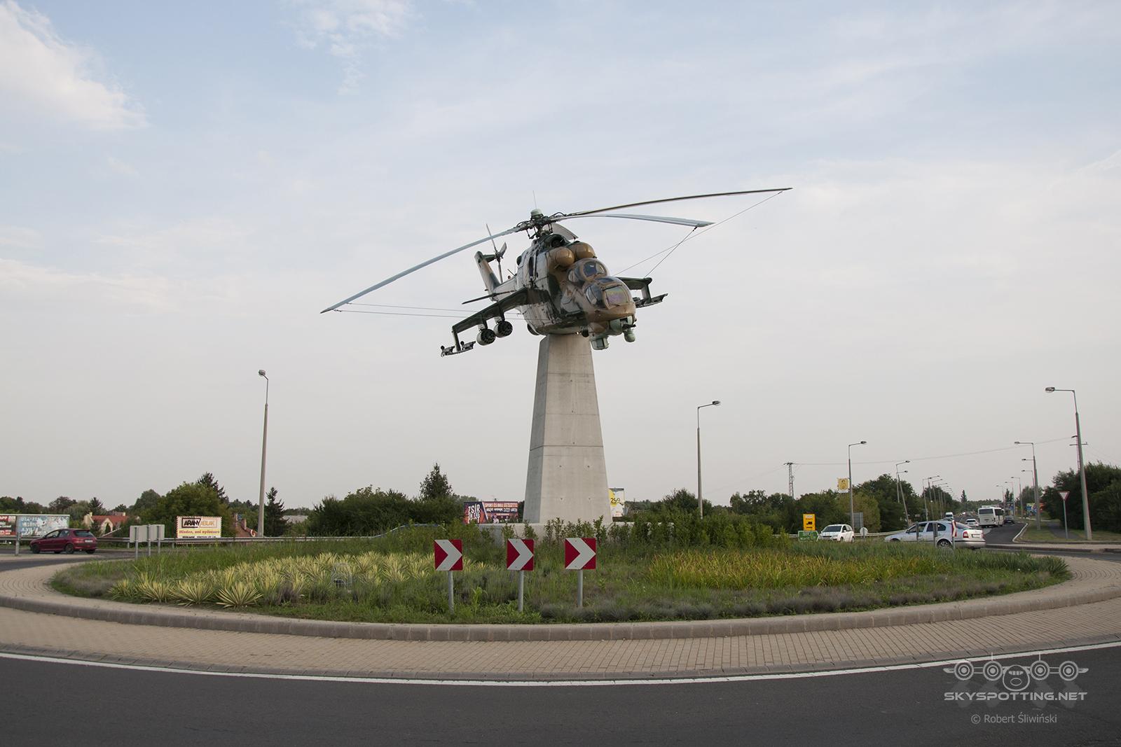 Śladami pomników lotniczych, część 50 – Mil Mi-24D Hind (Szolnok, Węgry)