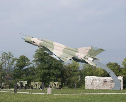 Śladami pomników lotniczych, część 52 – Mikoyan-Gurevich MiG-21 (Turanj, Chorwacja)