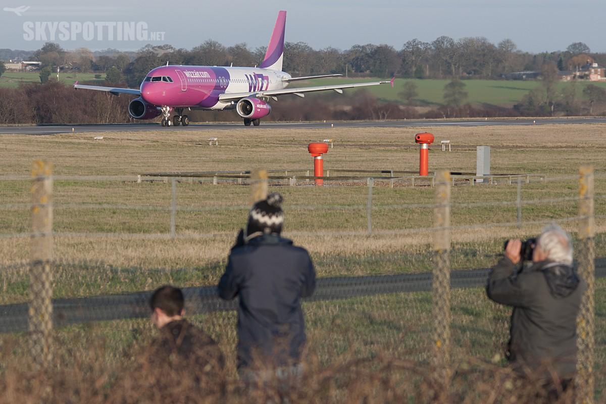 London Luton Airport 26-12-2013