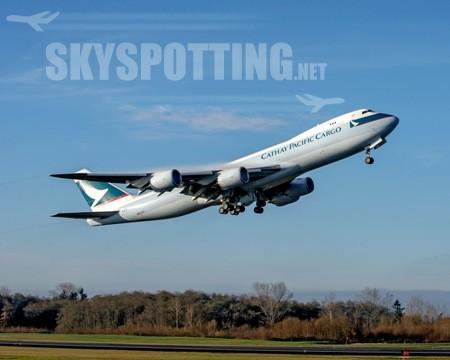 Boeing dostarczył pierwszy samolot 747-8 z silnikami o większej wydajności