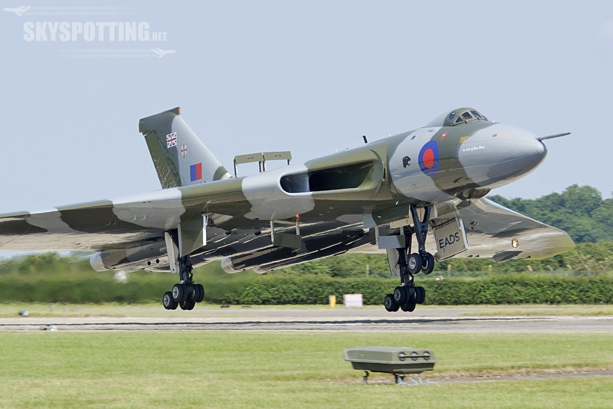Bombowiec Avro Vulcan w RAF Waddington International Air Show 2014
