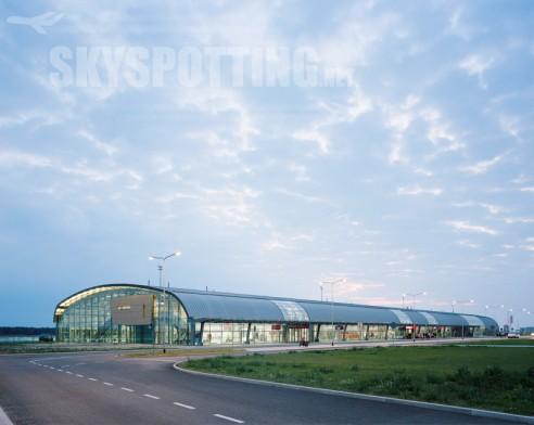 207 tys. pasażerów w listopadzie, 2 nowe kierunki lotnicze  i nowy tapas bar w ofercie gastronomicznej lotniska