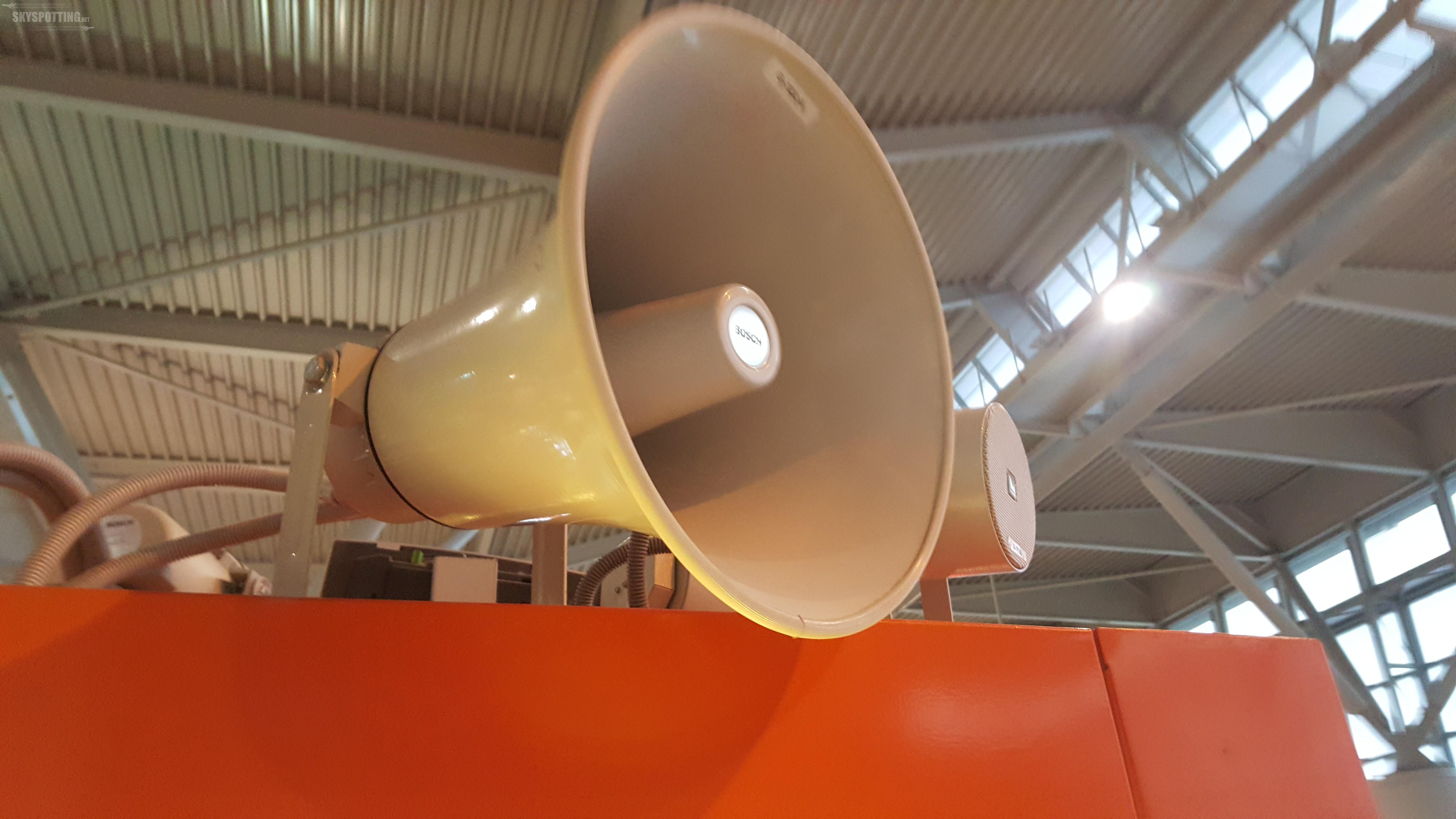 Lotnisko Chopina ogranicza liczbę komunikatów głosowych