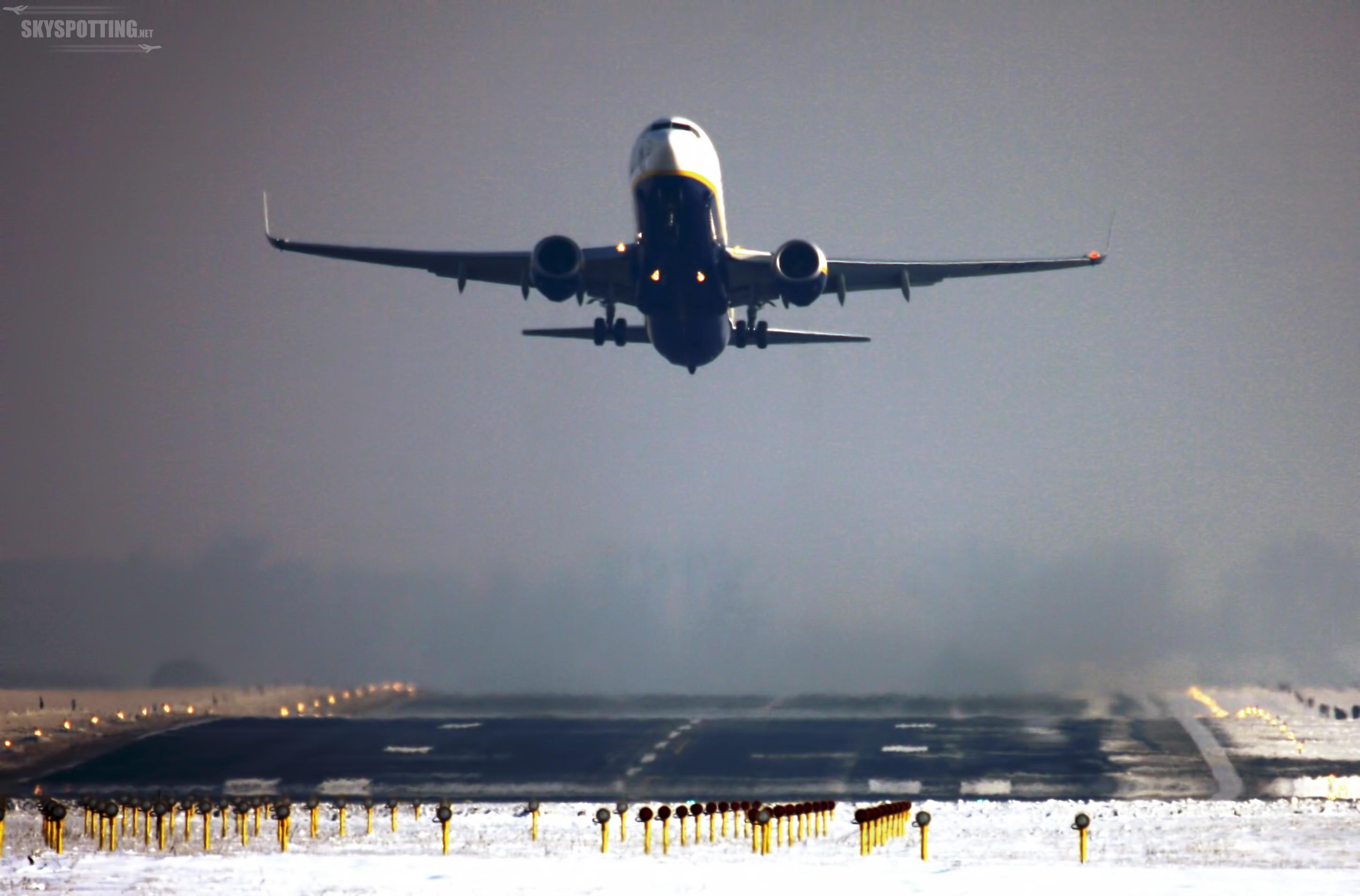 Ten rok należał do Modlina! 2,6 mln pasażerów i 52% wzrost liczby odpraw w 2015 roku