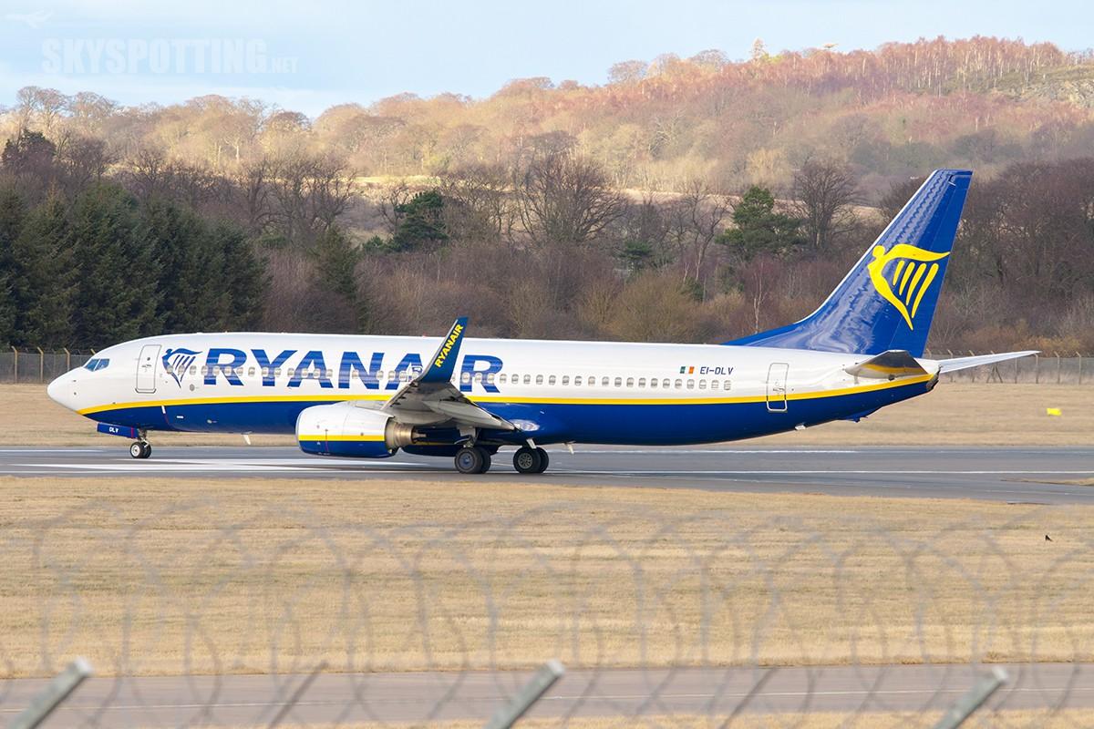Po 11 latach Ryanair lepszy od Wizz Aira. Poznaliśmy najlepsze linie lotnicze 2015 roku