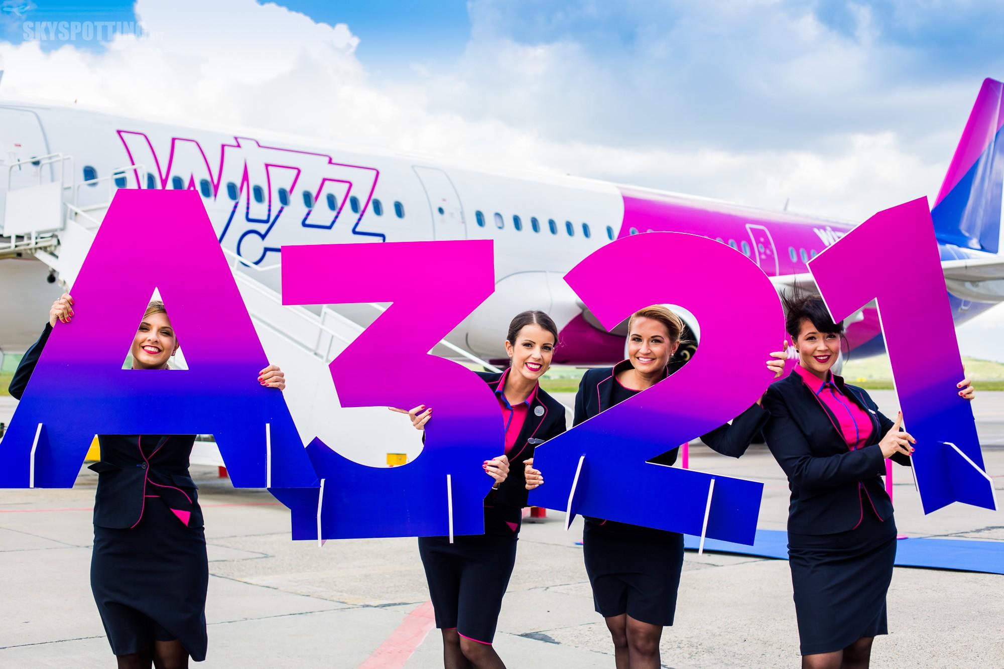 Pierwszy komercyjny lot Wizz Air nowoczesnym samolotem typu Airbus A321CEO z lotniska Chopina w Warszawie
