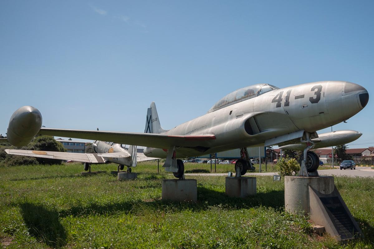 Śladami pomników lotniczych, część 8 – T-6 i T-33, Santander, Hiszpania