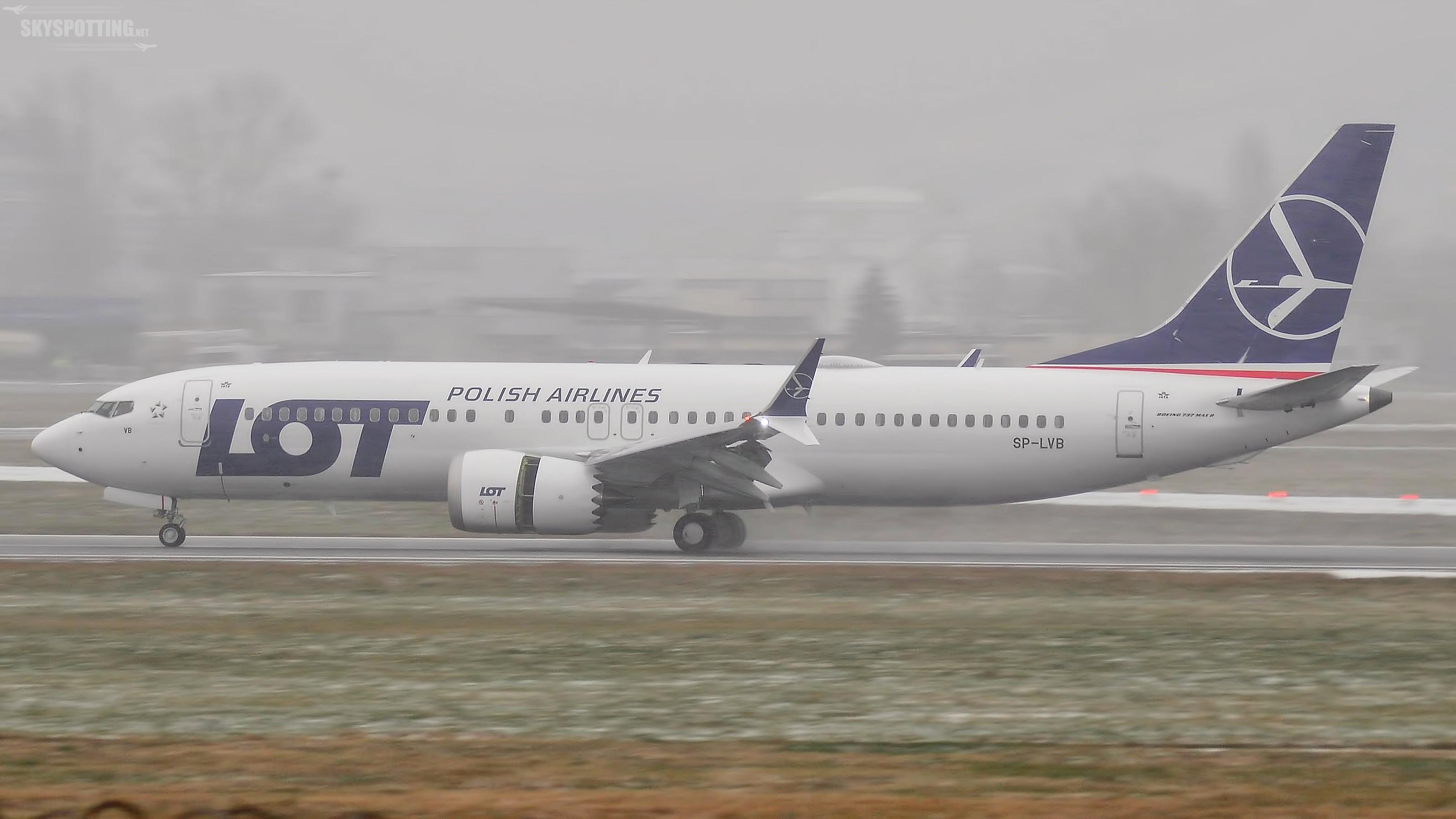 Drugi Boeing 737 MAX 8 LOT-u wylądował w Warszawie