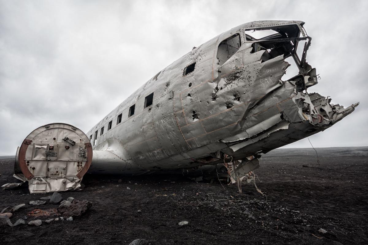 Śladami pomników lotniczych, część 20 – Douglas Super DC-3, Black Beach, Iceland