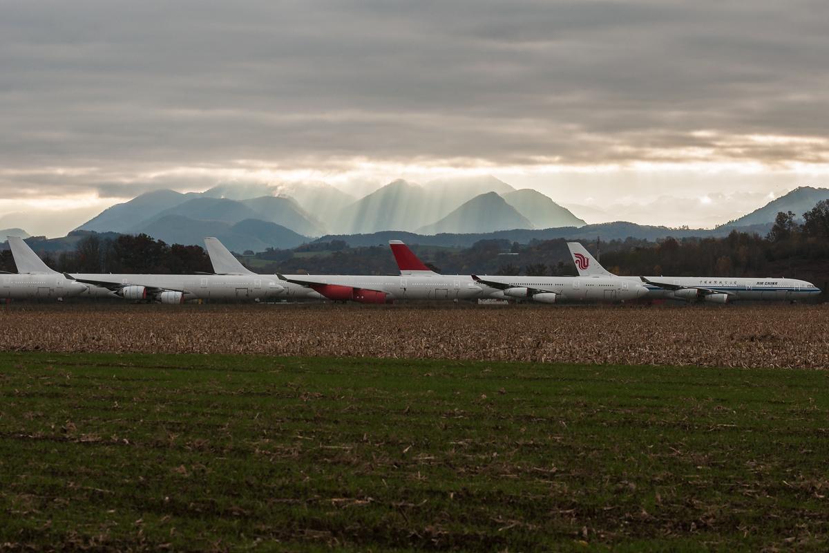 Aéroport de Tarbes-Lourdes-Pyrénées – europejski cmentarz lotniczy