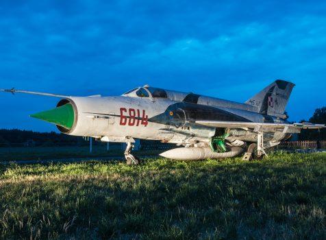 Śladami pomników lotniczych, część 25 – Mikoyan-Gurevich-MiG-21MF, Kobylnica, Polska