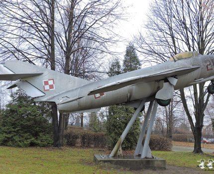 Śladami pomników lotniczych , część 41 – Lim-5 ( Wolbrom , Poland )