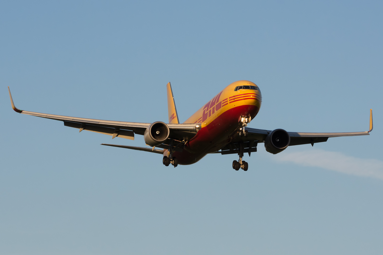 Cargo w East Midlands Airport (EMA)