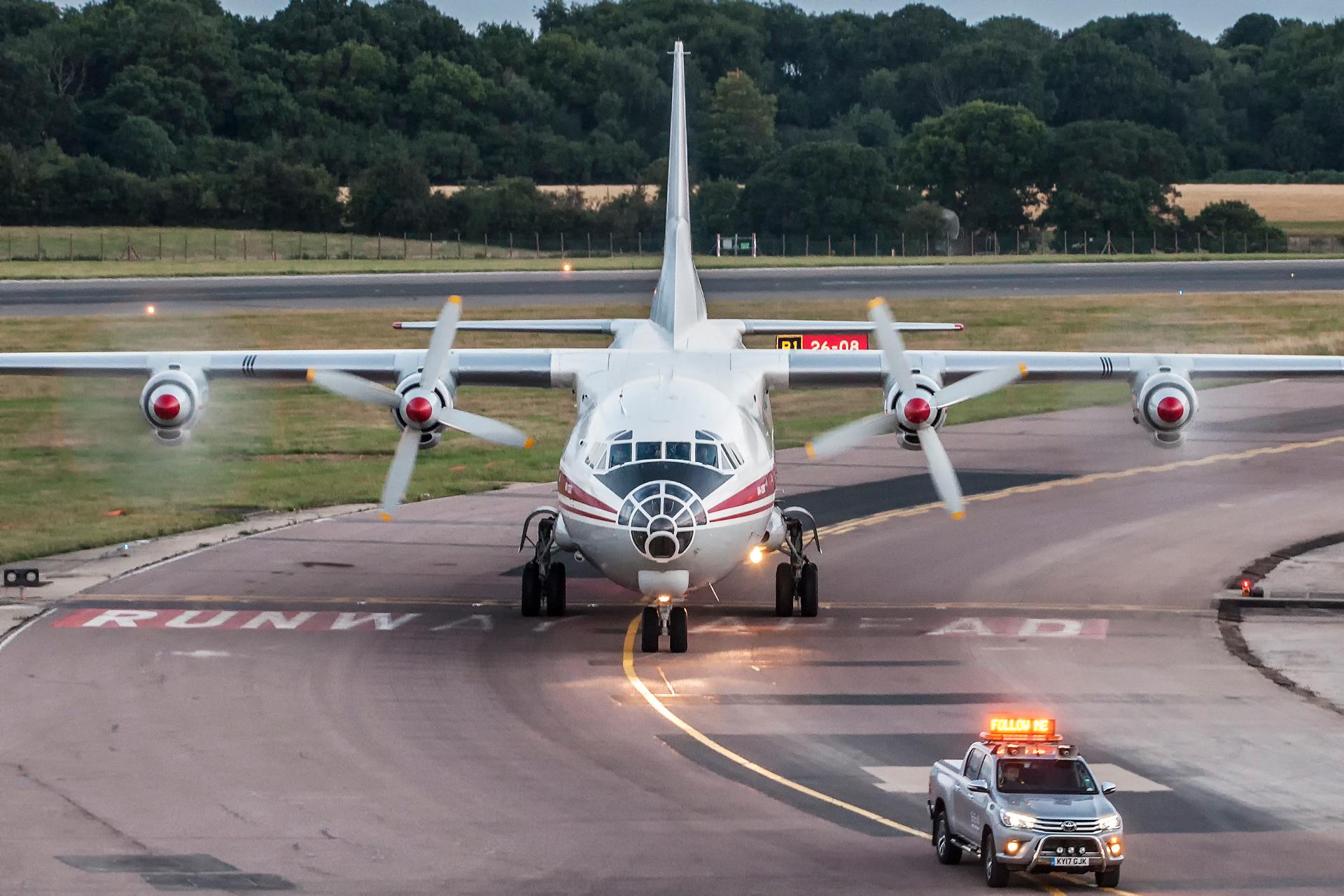 Antonov An-12 w moim obiektywie